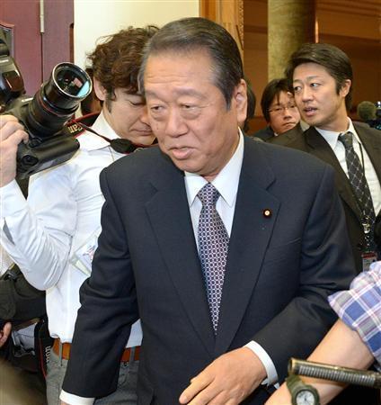 日本未来の党の両院議員総会に臨む小沢一郎氏.jpg